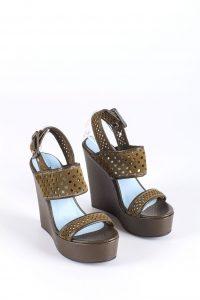 zdjęcie sandałów na koturnie Pollini