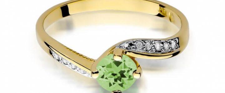Jak wybrać złoty pierścionek z oliwinem?