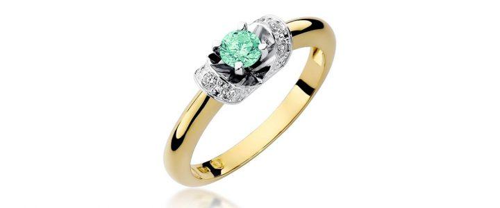 Pierścionek zaręczynowy – z jakim kamieniem?